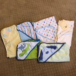Other - Set of 6 hooded towels
